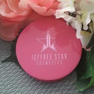 Jeffree Star Skin Frost Lavender Snow
